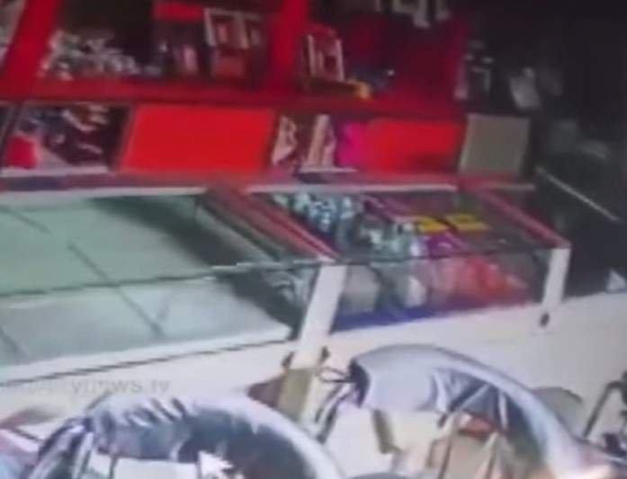 Крыса ограбила ювелирный магазин в Индии (видео)