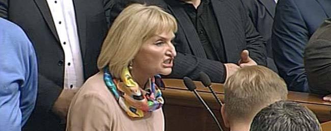 """""""Надо проверить женщину третьего тысячелетия!"""": Луценко посоветовали """"умерить аппетиты"""" жены (видео)"""