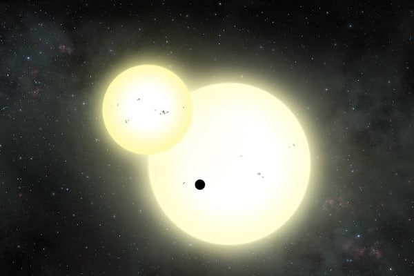 """Ровесница Земли: обнаружена самая большая экзопланета с двумя """"солнцами"""""""