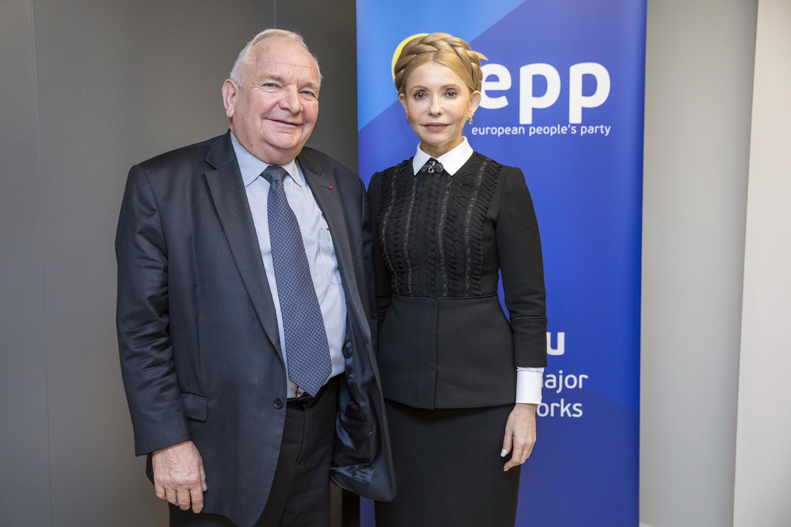 Президент ЕНП Жозеф Доль поздравил Юлию Тимошенко с победой на выборах в ОТГ